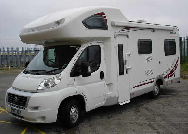 Bay motorhomes hire motorhomes in the norh east of englnd for Car house